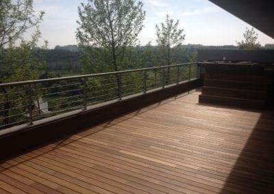 Deck Ipê – Apartamento em Oeiras