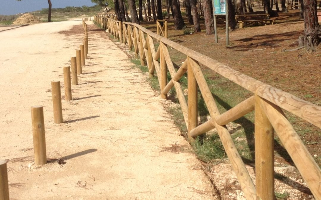 Praia Vieira de Leiria – vedação, balizadores e mobiliário